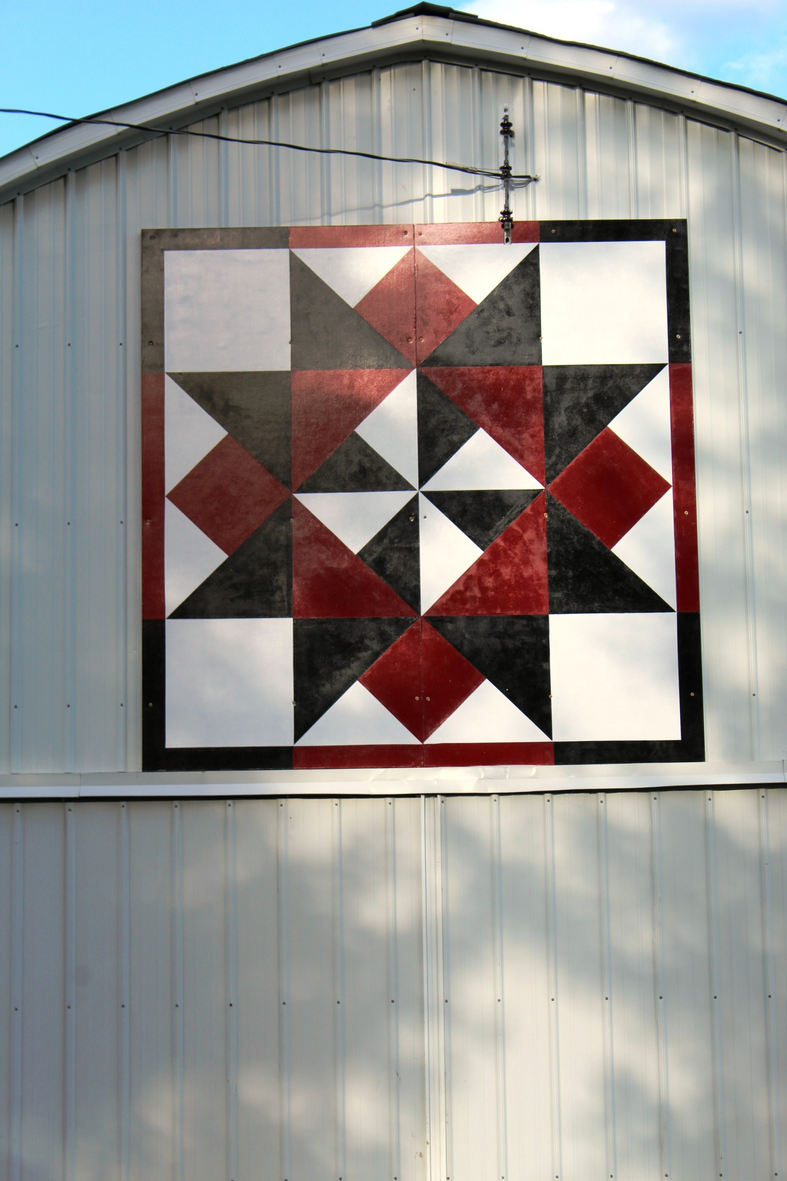 Quilt Patterns On Wisconsin Barns : Dunn County Barn Quilts Dunn County